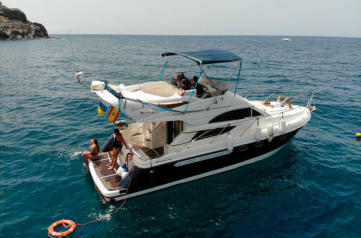 Keeper Uno 4 hours private charter