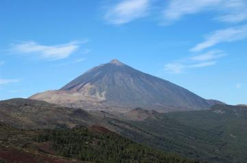 Up to the crater of El Teide